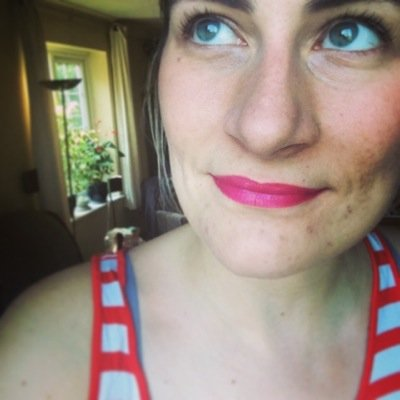 Emma Folds | Social Profile