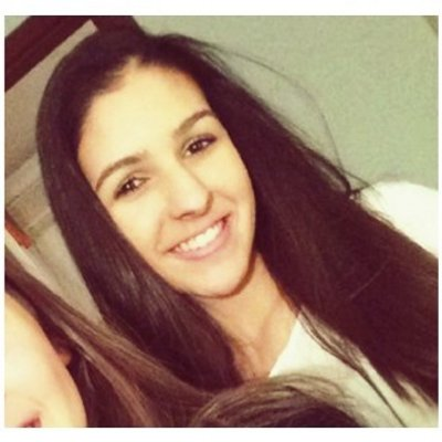 Júlia | Social Profile