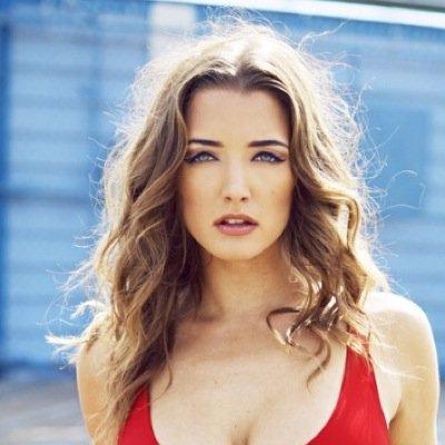 Alyssa Arce | Social Profile