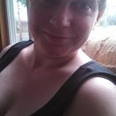 Lizzie B   Social Profile