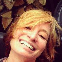 Laura Mathews | Social Profile