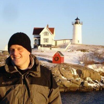 Adam Kilgore | Social Profile