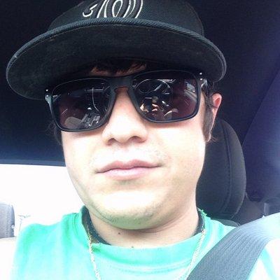 Richard Flores | Social Profile