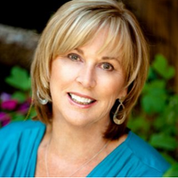 Linda  Uhrenholt | Social Profile