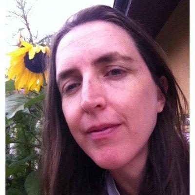 Karine Texier | Social Profile