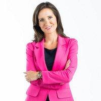 Amanda Lang | Social Profile