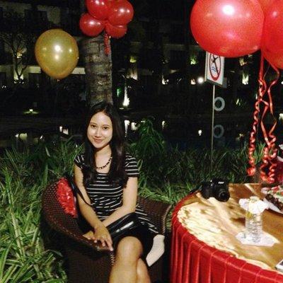 DewiSalindriKalista | Social Profile