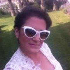 Ruth Waiman Social Profile