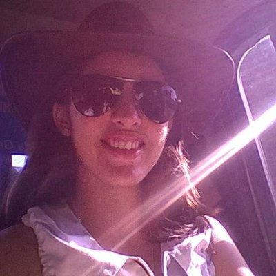 Camila Araújo   Social Profile