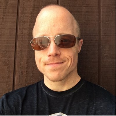 Tim Gluth | Social Profile