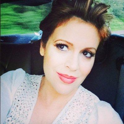 Follow Alyssa Milano Twitter Profile