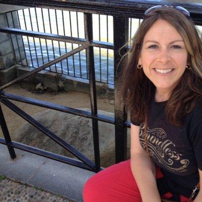 Lisa Anderson | Social Profile
