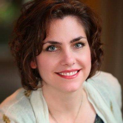Elise Stokes | Social Profile