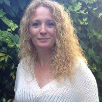Esther Subirats | Social Profile