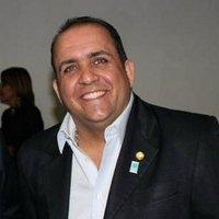 Wilfredo | Social Profile