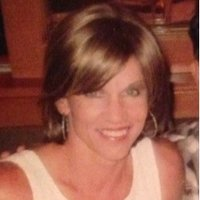 Kelly Holguin | Social Profile