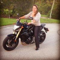 Laura Angelus | Social Profile