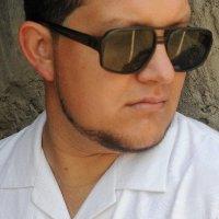 ن Charles Rigby | Social Profile