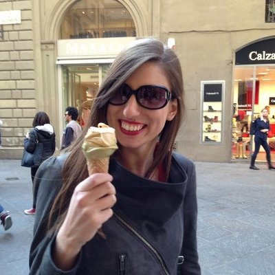 Alexandra M | Social Profile