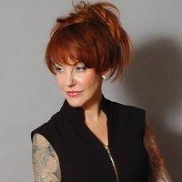 The Suzie Bond | Social Profile