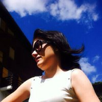 Paola Farina   Social Profile