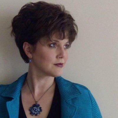 Lisa Mininni | Social Profile
