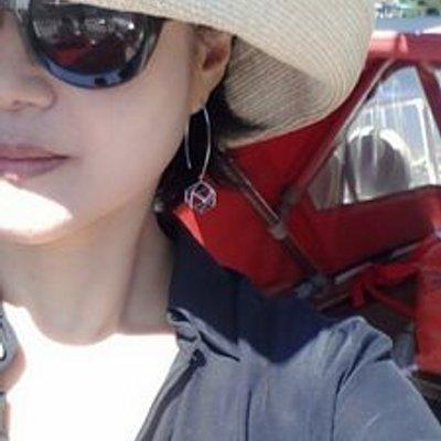 김유라 | Social Profile