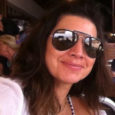 Rosalba Hernandez | Social Profile