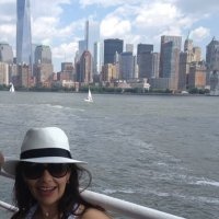 Lore Mora | Social Profile