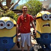 Karl Calaguas | Social Profile