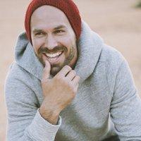 Mike Colón | Social Profile
