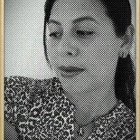 Roxana Jave | Social Profile