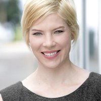 Elizabeth Marshall | Social Profile