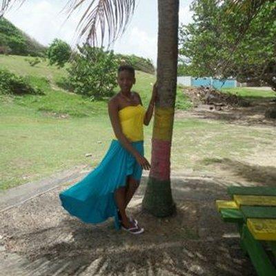 Lysanne George | Social Profile