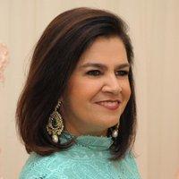 Martha Medeiros | Social Profile