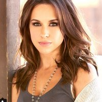 Lacey Chabert | Social Profile