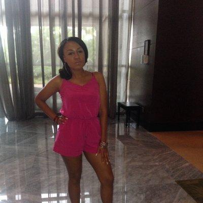 Dannie G | Social Profile