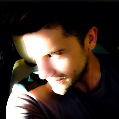 GABRIEL SAMRA | Social Profile
