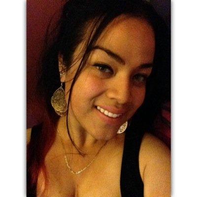 Giselle M | Social Profile