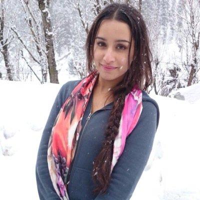 Follow Shraddha Kapoor Twitter Profile