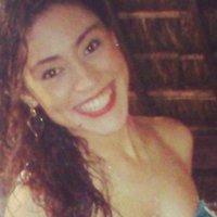 Nathalia Oliveira | Social Profile