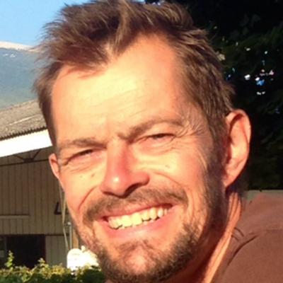 Chris Ward   Social Profile