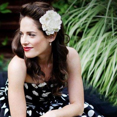 Lori Lewis | Social Profile