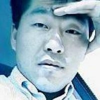 흡수통일은 대박 | Social Profile