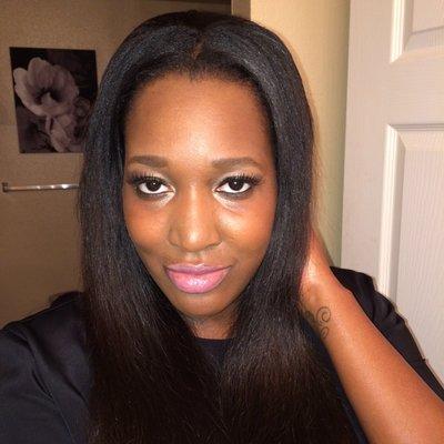 Janelle Noir® | Social Profile