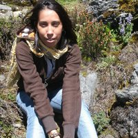 Yisenia Pérez | Social Profile