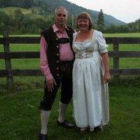 Jolanda v.d. Velden | Social Profile