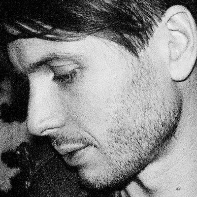 alex kapranos   Social Profile
