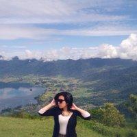 Ajeng Puspita | Social Profile