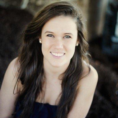 Jessica Hollis | Social Profile